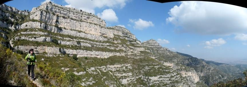 Serra de Montsià. Zona Faixes Tancades, direcció a l´Ereta