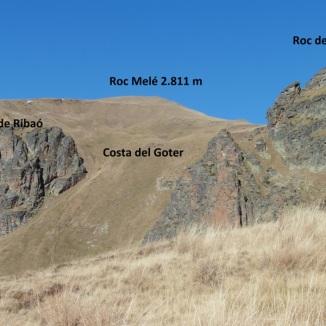 Vista a l'esquerra, vessant de Ribaló