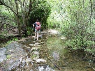 Creuant el riu Glorieta