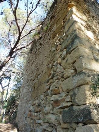 Castell de Montornès (mur)