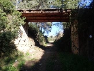 Pont de l'escalinata a l'estació